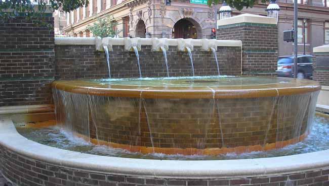 Eighth Street Fountain
